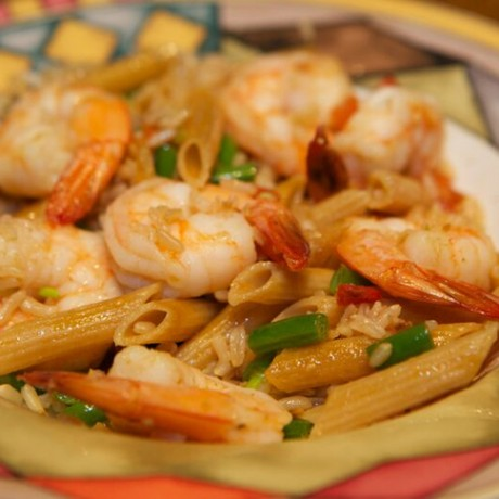 Shrimp Bowl with Green Beans, Brown Rice and Pasta